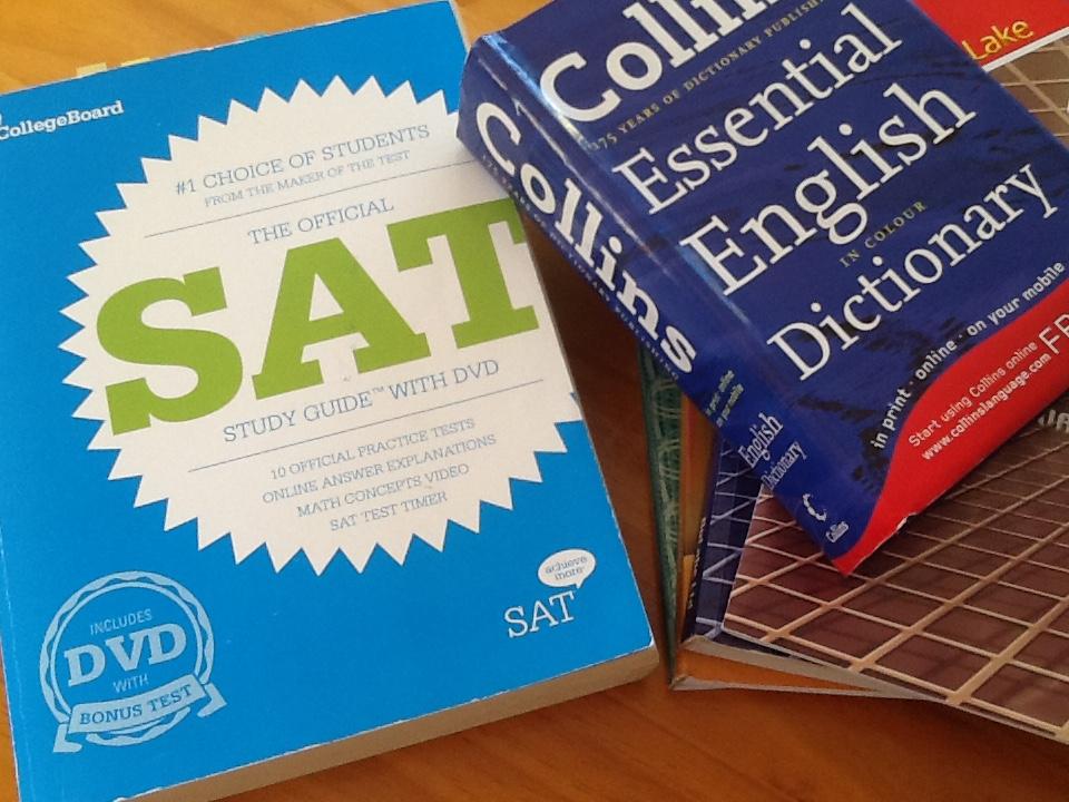 ニュージーランドは英語圏なので、アメリカの大学へ進学するにはSATの受験が必要。日本のジュニアはTOEFLのスコアですね。アメリカに限らず海外でゴルフをしたければ、とにかく英語の勉強を頑張りましょう。