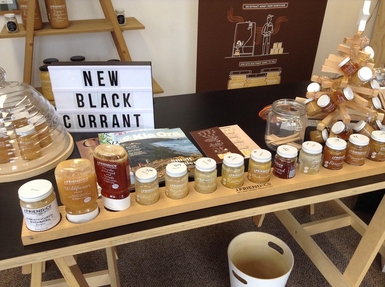 クライストチャーチにとっても可愛い蜂蜜屋さんを見つけたんです。ここのオーガニック蜂蜜はお土産に超お勧めです。