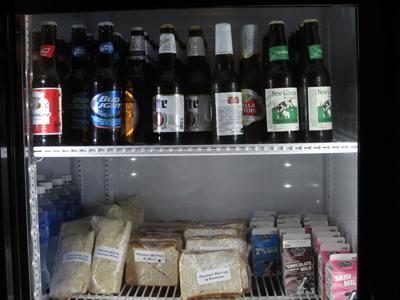 飲み物はビールも無料です