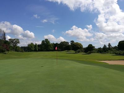早朝からこのお天気!朝のゴルフは気持ちいい